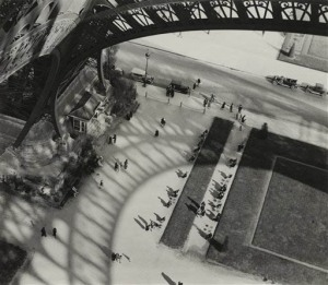 'Under the Eiffel Tower' by Andrew Kertesz (1929)