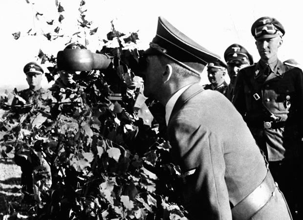 Heydrich and HItler