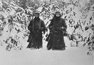 German soldiers in heavy snow west of Moscow