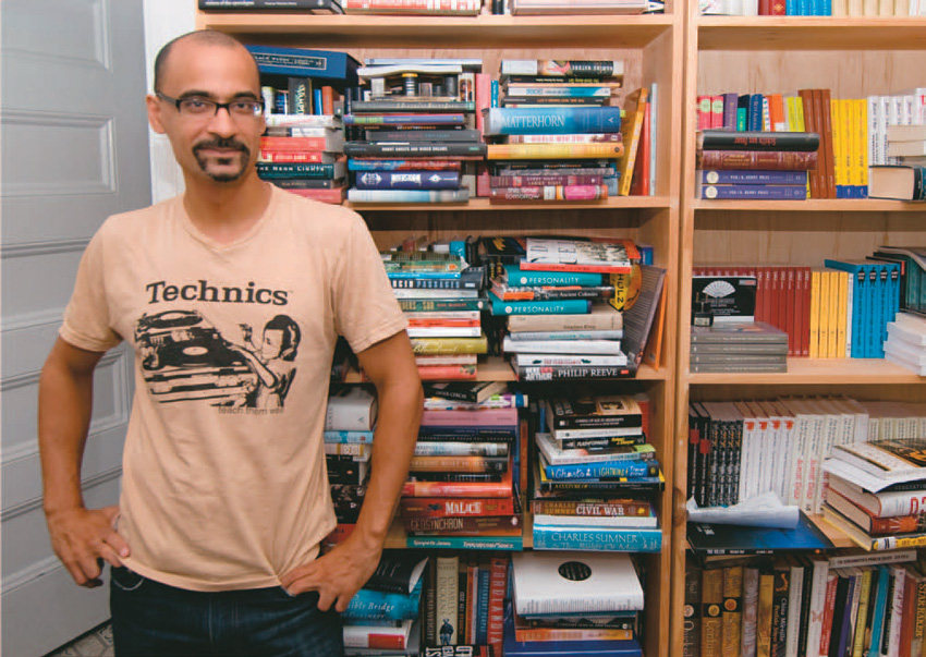Junot Diaz and his bookshelfs