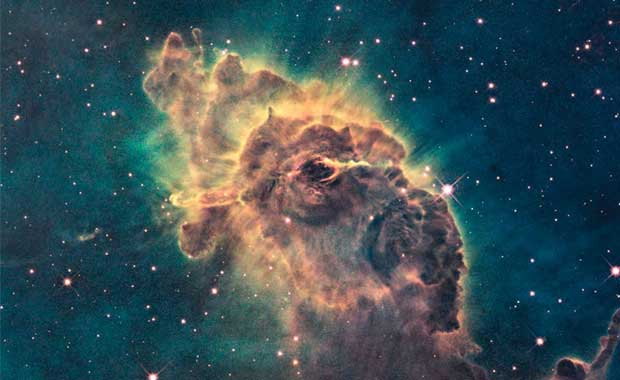 A pillar of star birth: The Carina Nebula in visible light