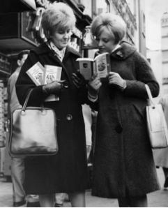 Women reading Lady Chatterley's Lover, 1960