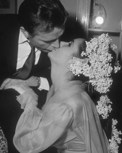 Richard Burton and Elizabeth Taylor at their first wedding in 1964